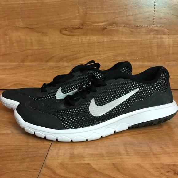 120a8e6878fa7 Nike Flex Experience RN 4 Youth Shoes. M 5b0f226f9cc7efe0af5870b8